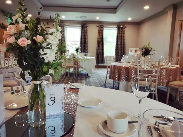 Our Kilfullert suite beautifully styled with rose gold overlays and chivari chairs for Arlene & Barry's gorgeous wedding! Congratulations! ❤️ Supplier: Elite Events NI  #niweddings #weddinginspo #rose...