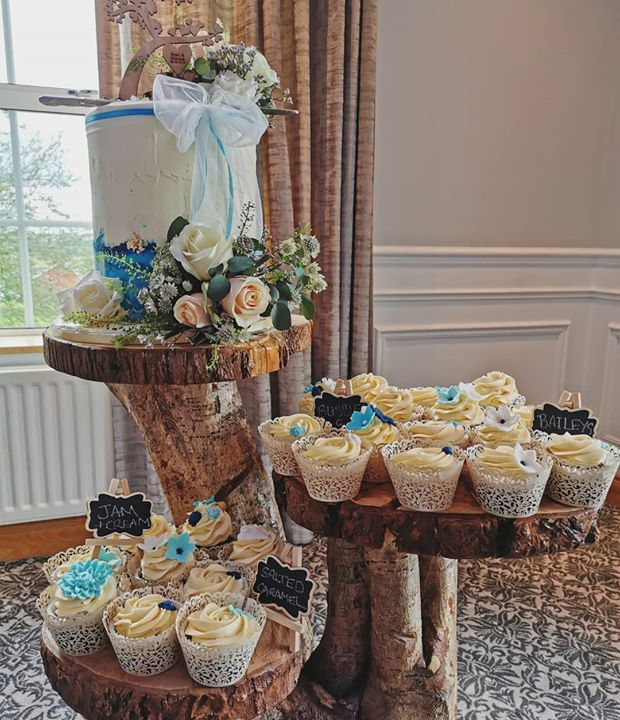 Wouldn't it be great if cupcakes just grew on trees like this? Gemma & Ryan's wedding yesterday was so beautiful! Congrats guys! Suppliers: @articakes_ni @woodentreats&rusticweddings @theflowerbowl @e...